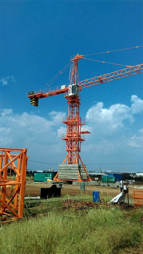 ACE Chassis Mounted Tower Crane