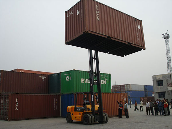 ACE Forklift for Container Handling